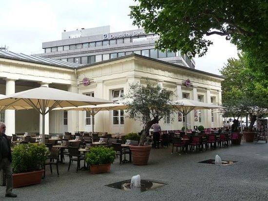 Elisenbrunnen icecream parlor and restaurant