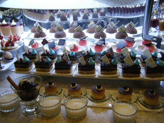Royal Wings Hotel : Desserts