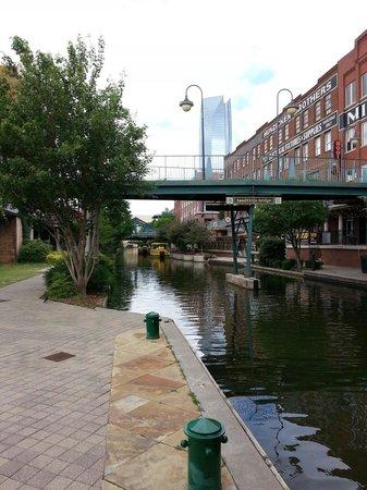 Bricktown : River walk