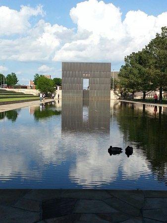 Oklahoma City National Memorial & Museum: Ducks at the memorial