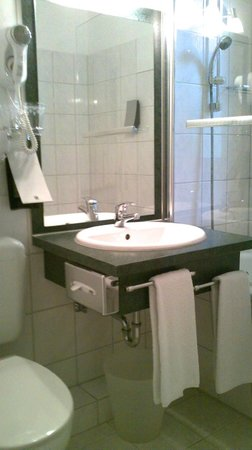 Lindenhof Hotel : Bath
