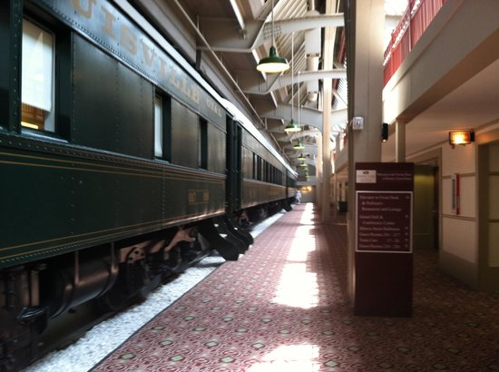 Crowne Plaza Indianapolis Downtown (Union Station) : Cute concept