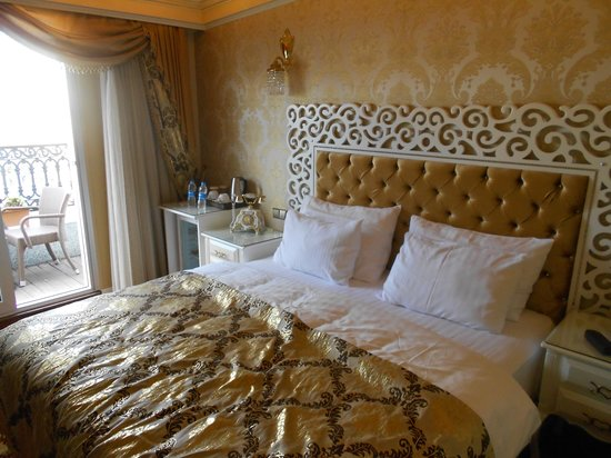 Deluxe Golden Horn Sultanahmet Hotel: Room with Balcony