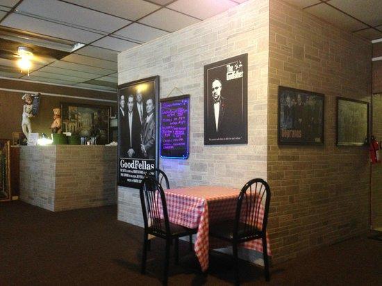 Don Vito's Italian Restaurant: Don Vito's inside