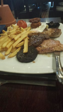 Spencers Bar and Grill: Mixed grill