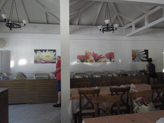 Alize Hotel : ресторан