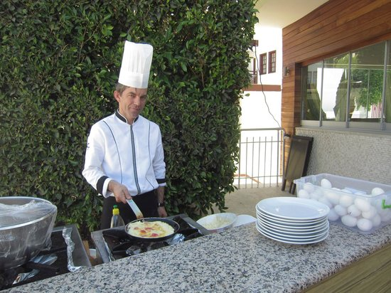 Alize Hotel : завтрак)