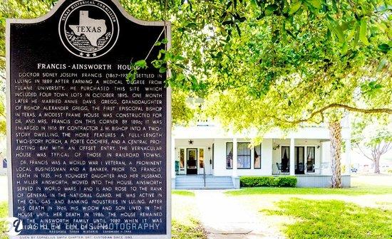 The Ainsworth House Inn: Registered as a Texas Historic Home