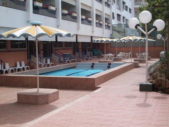Residence Yasmina Agadir: très belle piscine pour les petits