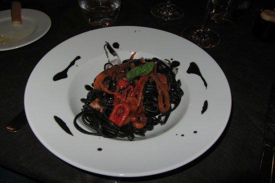 Osteria RossoDiVino : Seppia Ink Pasta with Ricci