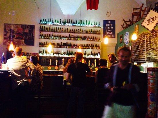 Beer House Club: The bar