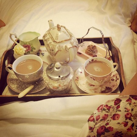 The Linen Shed: morning tea in bed