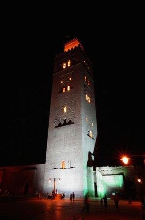 Mosquée et minaret de Koutoubia : Koutoubia by night