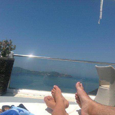 Belvedere Santorini: smug selfie!