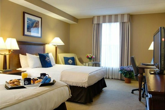Salem Waterfront Hotel & Suites: Standard Room with Double Beds