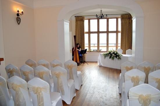 Caer Llan: Wedding Ceremony