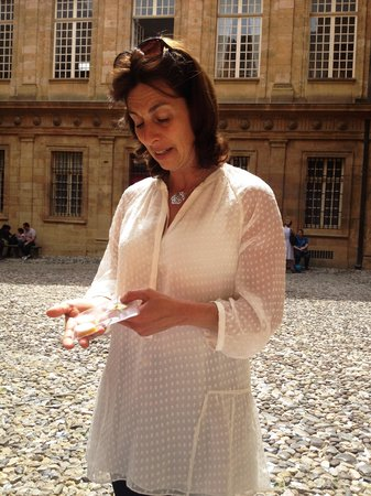 Tastes of Provence - Tours : our tour guide Mathilde