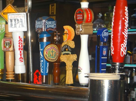 Gold Dust Lounge: impressive range of draft beers