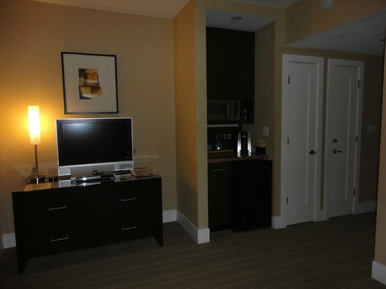 Raffaello Hotel: view of tv/room