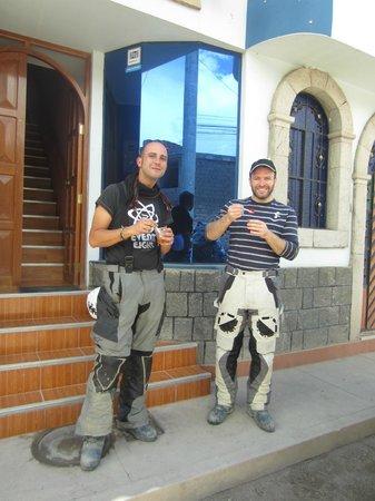 Kollawas Home Inn Hostel & Tours : friends