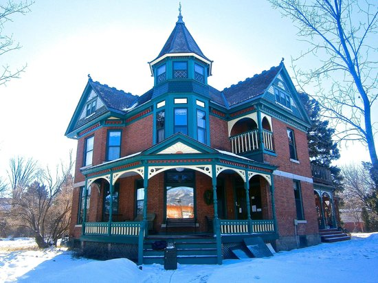 Bozeman's Lehrkind Mansion Bed and Breakfast : Lehrkind Mansion in winter