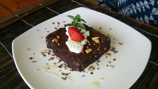 Munduk Moding Plantation: brownie dessert