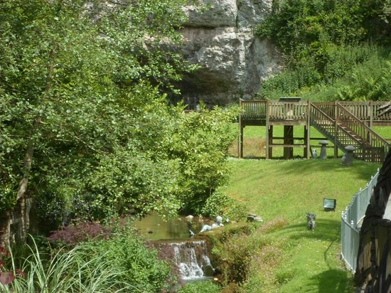 Wookey Hole Caves : Lovely grounds at Wookey Hole