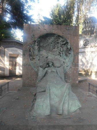 Cimetière Monumental : tomba di Isabella casati - opera di Butti