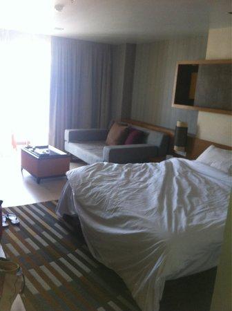 Ashlee Hub Hotel Patong: Large spacious room