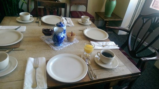 Pensione Nichols B&B : Breakfast for One.  My party joined me, eventually.