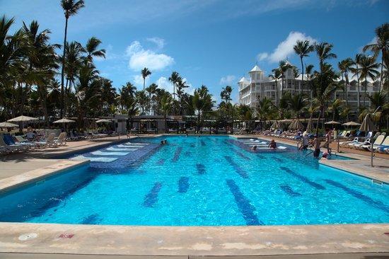 Hotel Riu Palace Macao: outra piscina
