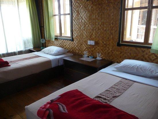 Princess Garden Hotel : Our bedroom