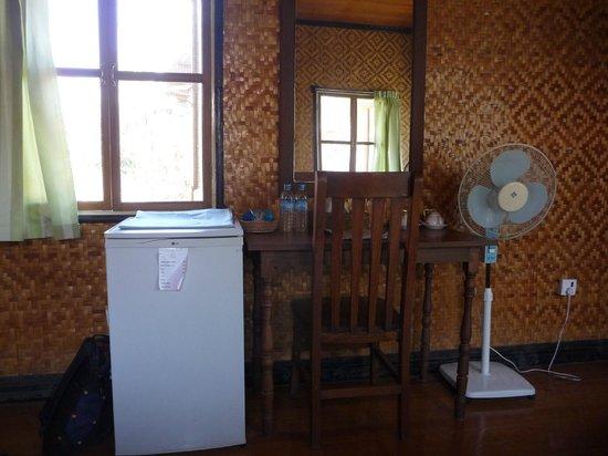 Princess Garden Hotel : Our bungalow