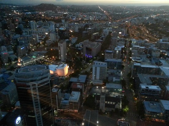Sky Tower : blue-hour view from Skydeck at the Skytower