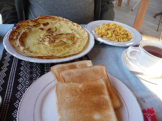 Princess Garden Hotel: Breakfast