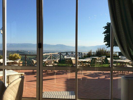 Hotel Paggeria Medicea: Stunning views from the 'new' breakfast area