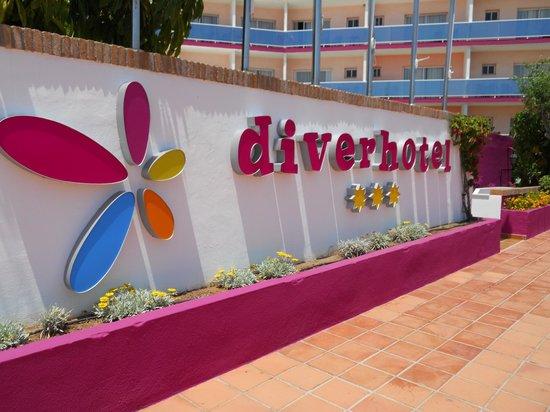 Diverhotel Marbella: Entrada del Hotel