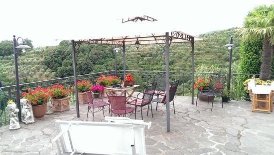 Agriturismo Campofiorito : terrazza campofiorito