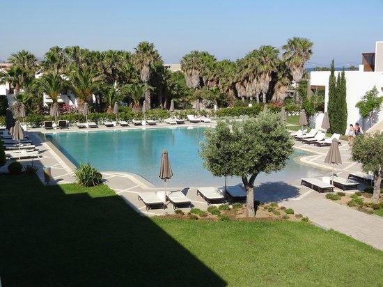 Pelagos Suites Hotel: 3rd pool a