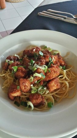 Alma del Pacifico Beach Hotel & Spa: Orange Chicken