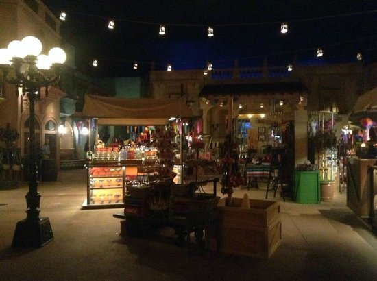 La Cava del Tequila: Did I mention you had Mexico (and the rest of EPCOT) to yourselves!