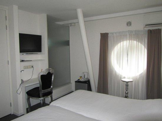 H2OTEL Rotterdam: Номер
