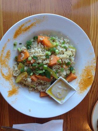 Te'enim Vegetarian Cuisine: steamed veggies with brown rice