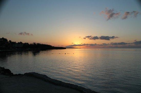 Hampton Inn Key Largo : sunset