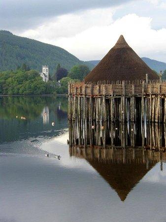The Scottish Crannog Centre : Вид из информационного центра - музея Кранног