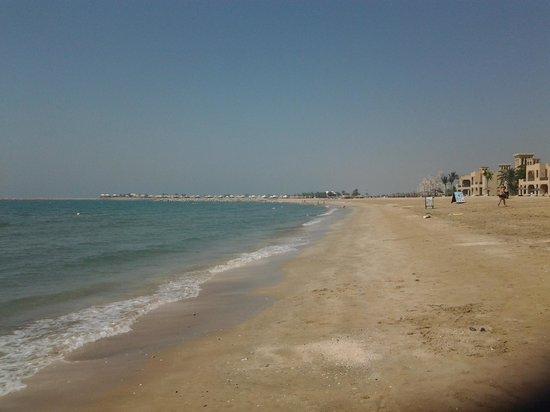 Al Hamra Residence & Village: anyone for cricket?