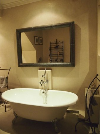La Villa des Orangers - Hôtel : Bathroom