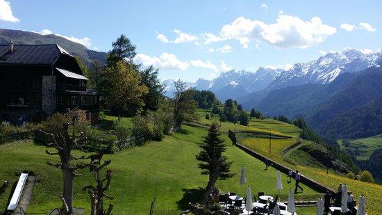 Hotel Meisser: Sicht aus Hotelzimmer Richtung Bos-Cha