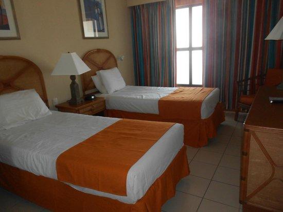 Casa Del Mar Beach Resort: 2nd bedroom