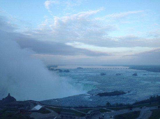Marriott Niagara Falls Fallsview Hotel & Spa : vue de la chambre